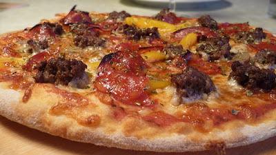 Sådan laver man pizza, sådan laver du pizzadej, verdens bedste pizza, super pizzadej, hjemmelavet italiensk pizza, perfekt pizzadej