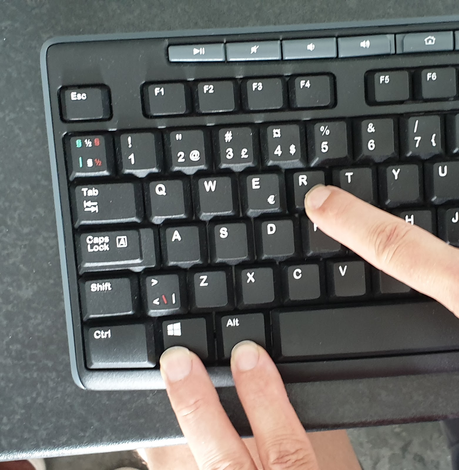 Boot to recover on a mac form a windows keyboard